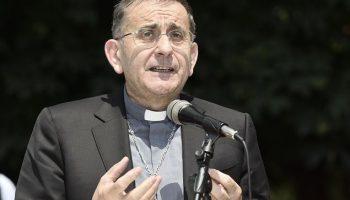 Confessione, ecco cosa non fare (Mons. Mario Delpini)