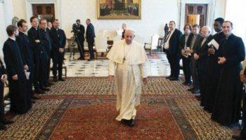 Il Pontefice alla comunità del Convitto San Luigi dei Francesi in Roma. Non preti superman ma fedeli e capaci di accettare le fragilità come Giuseppe